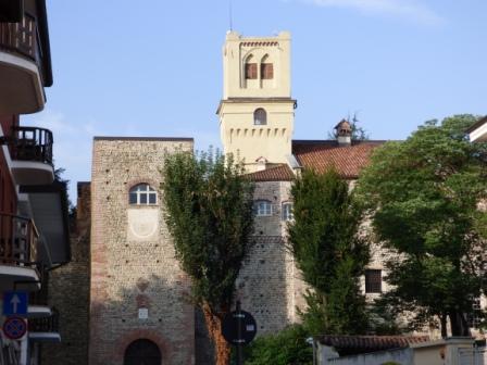 Lavaggio e trattamento pavimenti in cotto castello degli Orsini Rivalta di Torino