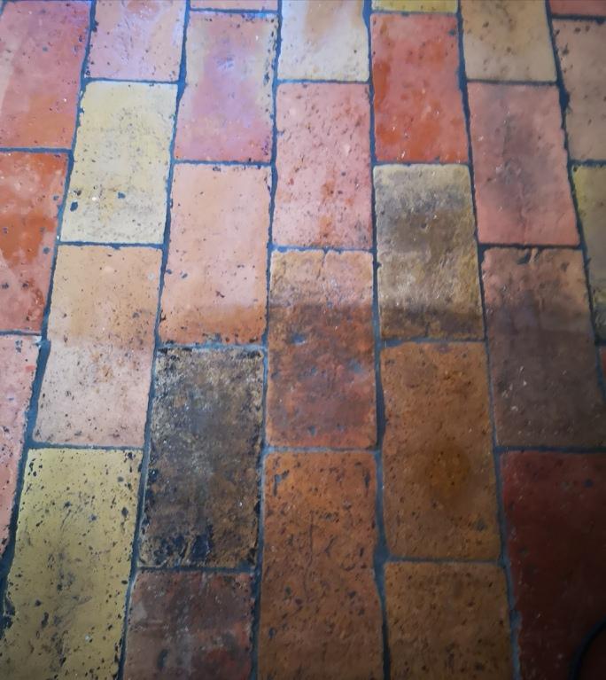 Recupero di un pavimento in cotto vecchio di un casale in UMBRIA