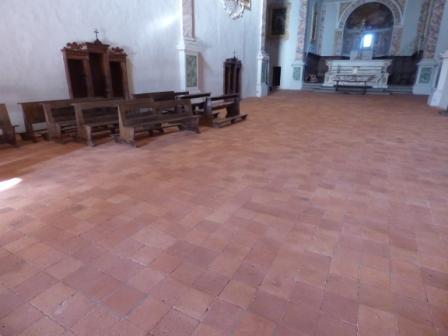 Lavaggio pavimentazione in cotto chiesa di S.Anna in Camprena Pienza(SI)